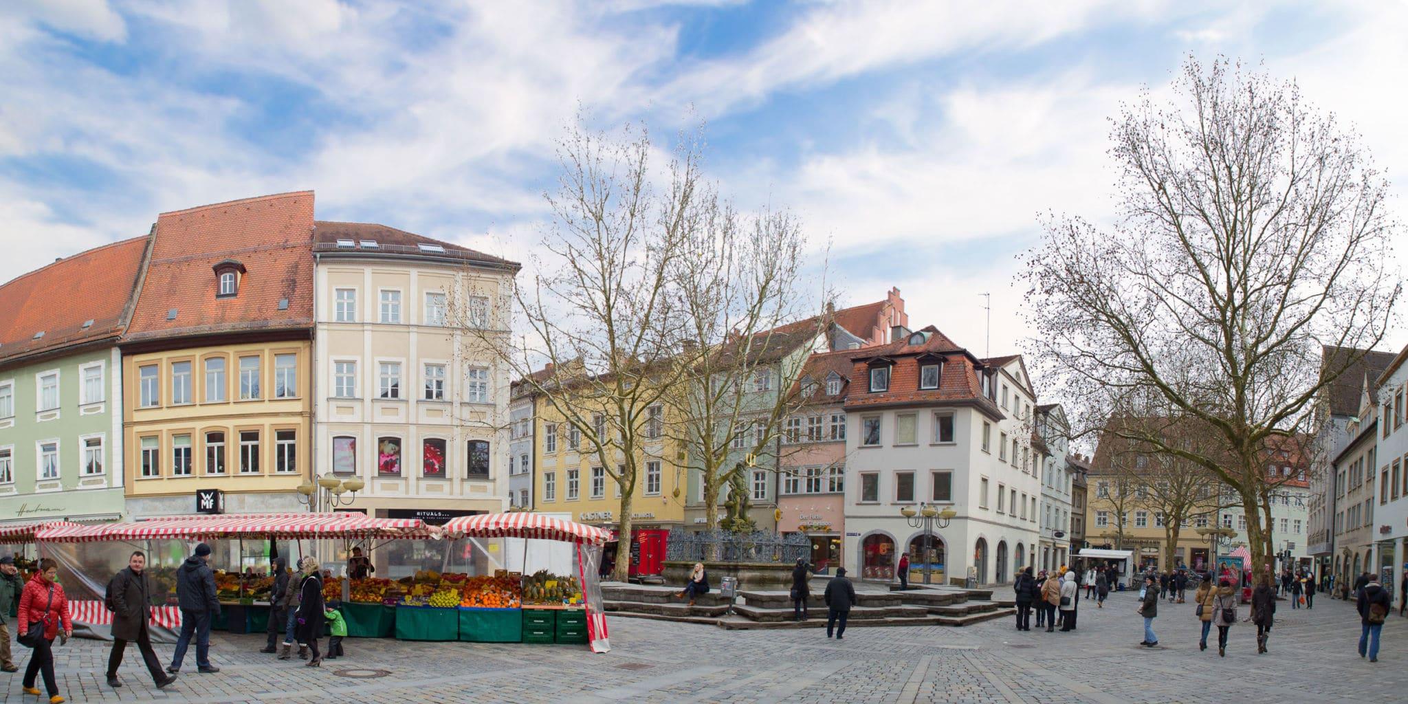 gruener markt - Grüner Markt mit Gabelmann